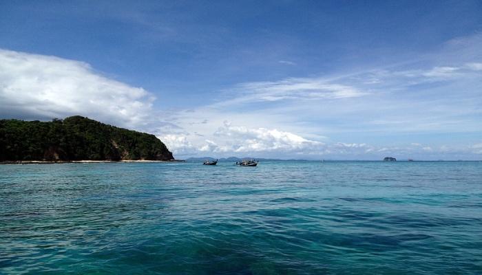 yacht charter phuket 3